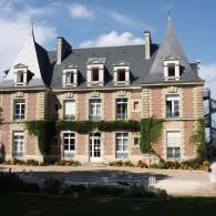 Château Malvau - Façade ensoleillée